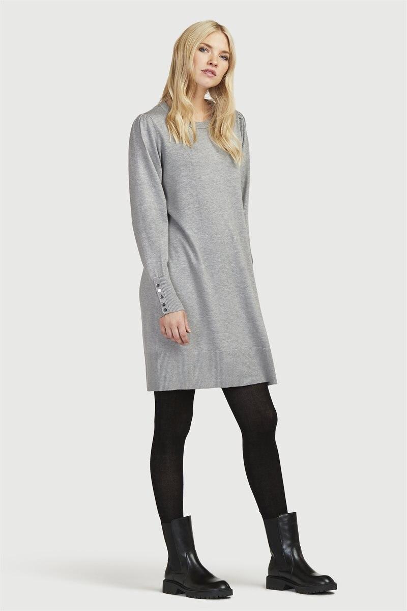 Neulottu mekko